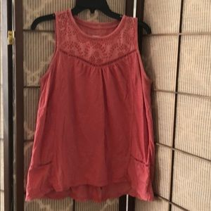 Sonoma coral colored sleeveless top